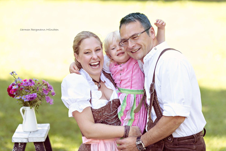 6-kinderfotografin-familienfotografin-babybauchfotografin-outdoorfotoshooting-fotostudio-muenchen-carmenbergmann