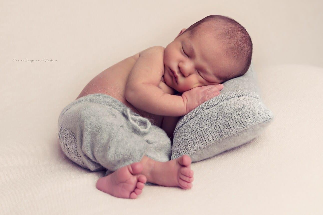 Fotoshooting Neugeborenen Muenchen