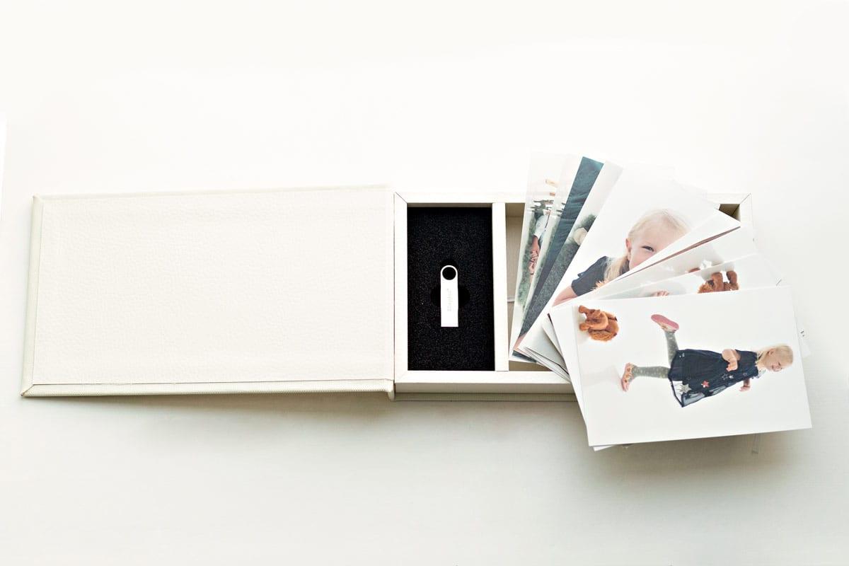 Memory Stick und Fotos Schwangerschaft und Baby Fotoshooting Carmen Bergmann Studio