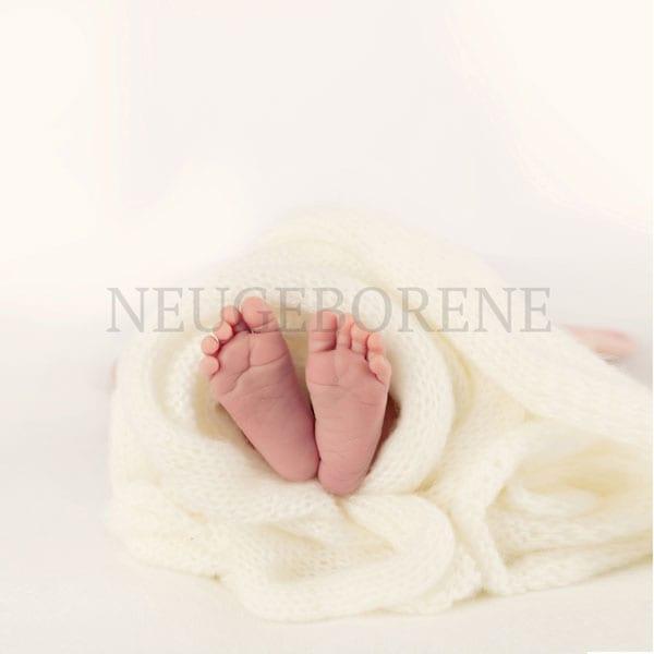 Neugeborene Fotografie von Carmen Bergmann Studio in Muenchen Rosenheimer Strasse